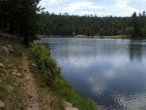 Along the Bear Canyon Lake trail